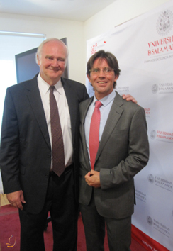 Prof. Blake S. Wilson y Antonio Simón