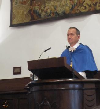 El Dr. López Poveda durante el Laudatis